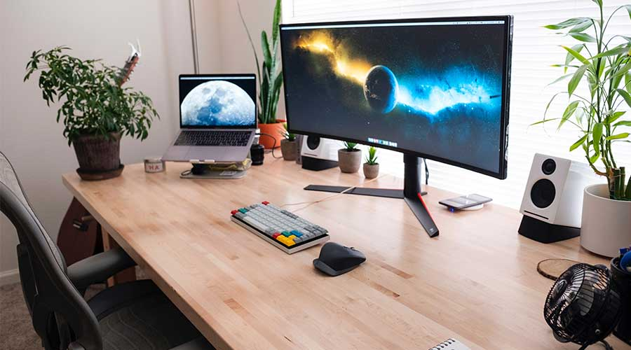 Example of an ultrawide monitor setup when choosing the best white gaming monitor.