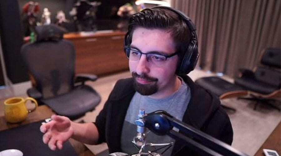 Shroud's facecam when streaming.